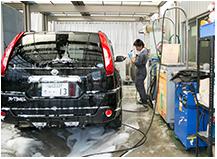 整備ファクトリー3 洗車